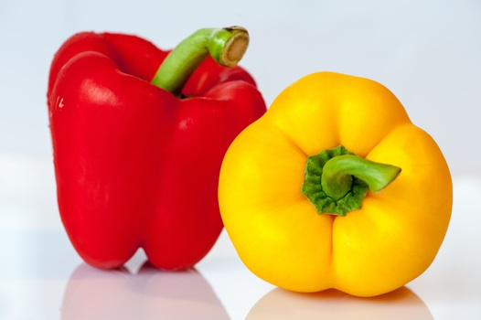 paprika vegetables yellow red 53008 medium